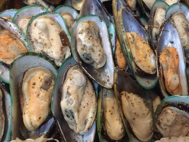 Half Shell Mussel