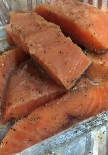 Salmon Fillet (1kg Approx 10-15pcs)