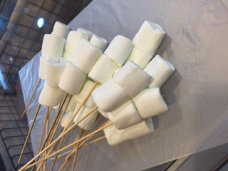 Marshmellow (with Skewer Sticks)